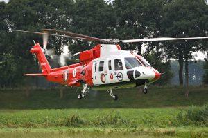 Nieuwe spelers met Feyenoord helikopter vanaf Barendrecht naar De Kuip