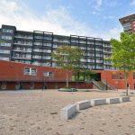 Achterzijde appartementencomplex Middeldijkerplein ('Zeppelinplein')