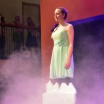 Calvijn Groene Hart speelt voorstelling 'De IJskoningin'