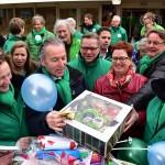 Presentjes voor Stichting Present tijdens campagnedag