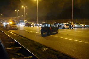 Drie aanrijdingen met meerdere voertuigen op de A29