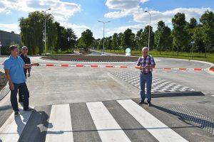 Nieuwe rotonde Henry Dunantlaan officieel geopend