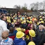 Eerste paal de grond in voor nieuwe gebouw Dr. Schaepmanschool, Marijkesingel Barendrecht