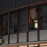 Ramen uit gemeentehuis geblazen tijdens storm in Barendrecht