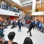 Spectaculaire kick-off van Futsal Fissa Challenge bij het Edudelta College