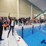 Zwemestafette Hulpverleners te Water zamelt €4.700 in voor Roparun
