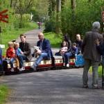 Met de trein tijdens open dagen van de Maasoever Spoorweg in Barendrecht (Oude Maas)