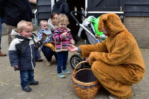 Drukbezocht Paasfeest bij De Kleine Duiker in Barendrecht