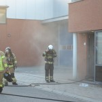 Gebouw gevuld met rook bij brand in bedrijfspand aan de Aalborg in Barendrecht