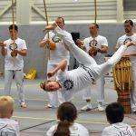 Capoeira demonstratie in sporthal de Bongerd