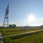 Eerste zonnepaneel verkocht van zonnepark langs de Carnisserbaan en A15 in Barendrecht