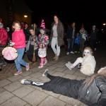 Griezelige Halloween-optocht voor leerlingen De Draaimolen