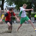 Beachsoccer wedstrijden 11:50 - 12:50, Doormanplein Barendrecht 2013