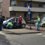 Vrouw loopt hoofdletsel op bij aanrijding met auto aan het Jaagpad / 2e Barendrechtseweg (rotonde) in Barendrecht