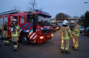 Brandweer met spoed gealarmeerd voor... vuurkorf aan de Kempenaar in Barendrecht