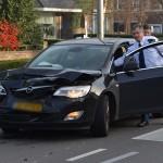 Aanrijding tussen drie auto's op de 1e Barendrechtseweg in Barendrecht
