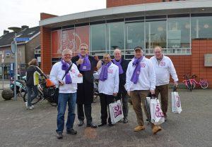 Henk Krol en 50-plus campagneteam brengen bliksembezoek aan Middenbaan
