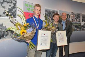 Sam en Tim (16) redden suïcidaal meisje van treinspoor bij Barendrecht