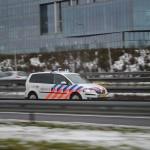 Politieauto op de snelweg