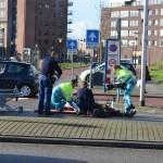 Fietser door auto geschept op de Portlandsebaan in Barendrecht (Carnisselande)
