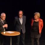 Archief foto: Jos Vis (midden) met burgemeester van Belzen en de vrouw van Jos Vis
