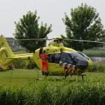 Traumahelikopter naar te vroeg geboren baby aan de Waddenring in Barendrecht (Carnisselande)