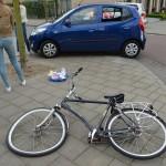 Fietser door auto aangereden op kruising Leeuwenburg / Konijnenburg in Barendrecht