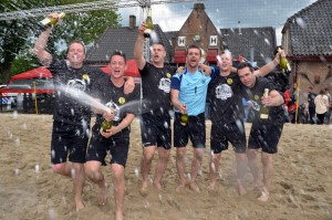 Team SVL wint Beach Barendrecht 2015