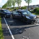 Driedubbele klap bij aanrijding met 3 auto's op de Sweelincklaan in Barendrecht