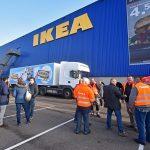 FNV, IKEA medewerkers en chauffeurs in actie bij IKEA Barendrecht