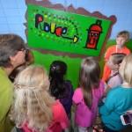 Kunstwerken van kinderen onthuld bij opening Kunstroute Barendrecht