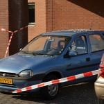 Vallend glas uit flat vernield auto aan de Meerwedesingel in Barendrecht (Carnisselande)