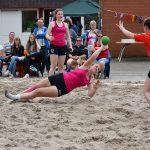 Actiefoto's Beach Handbeltoernooi door Savosa op het sportveld bij Aksent