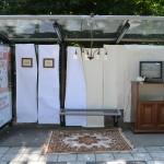 Bushokje omgebouwd tot 'luxueuze' woonkamer aan de Buitenlandse Baan in Barendrecht