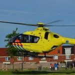 Traumahelikopter voor medische noodsituatie naar Standermolen in Barendrecht