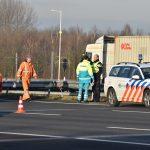 Vangrail beschadigd bij eenzijdig ongeval op A15