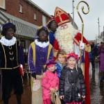 Sinterklaas en Zwarte Pieten op de foto, Centrum Barendrecht, Middenbaan