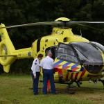 Traumahelikopter naar incident aan de Voordijk in Barendrecht