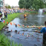 Tweede en derde ronde van de Duckrace 2013 in Barendrecht