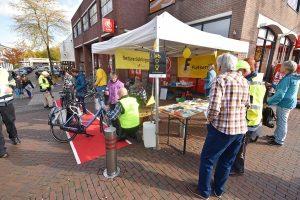 Fietsersbond repareert fietsen op de Middenbaan