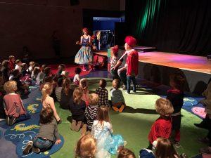 Kindervoorstelling 'De Speelfabriek' slaat aan in Barendrecht