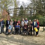 Zorggroep de Toekomst bezoekt Trompenburg Tuinen en Arboretum