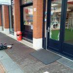 Winkelruiten vernield op Middenbaan van Shoeby en Hollandse Heerlijkheid