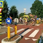 Opnieuw aanrijding fietser en auto op Middeldijk, volgende week hogere drempels
