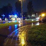 Scooter geschept door auto op rotonde Bachlaan/Sweelincklaan