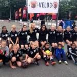 Barendrechtse Meidenteams winnen NK Straatvoetbal
