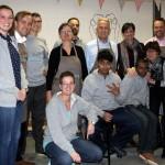 College van B&W verricht vrijwilligerswerk bij de Zorgnijverij in Barendrecht