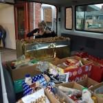OBS De Driehoek maakt kerstpakketten voor de Voedselbank Barendrecht