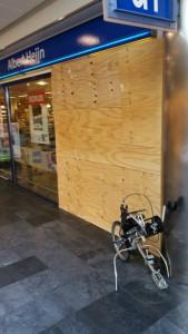 Weer sigaretten gestolen bij inbraak Albert Heijn Carnisse Veste, Barendrecht