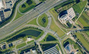 Kruispunt Dierensteinweg en Op/afrit A15 (Google Maps)
